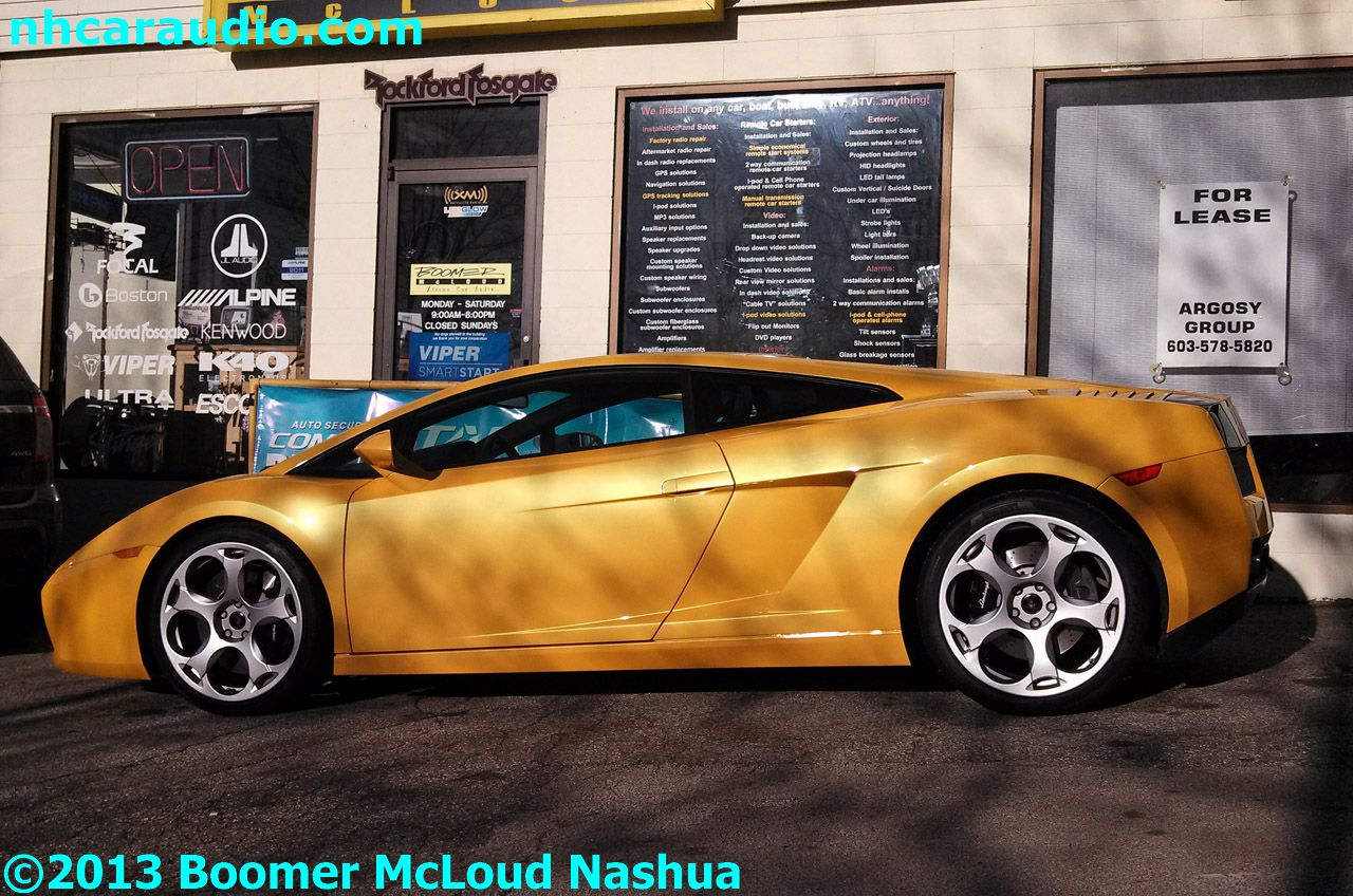Lamborghini-Gallardo-Navigation-camera-multimedia-bluetooth-iPod-subwoofer-speakers